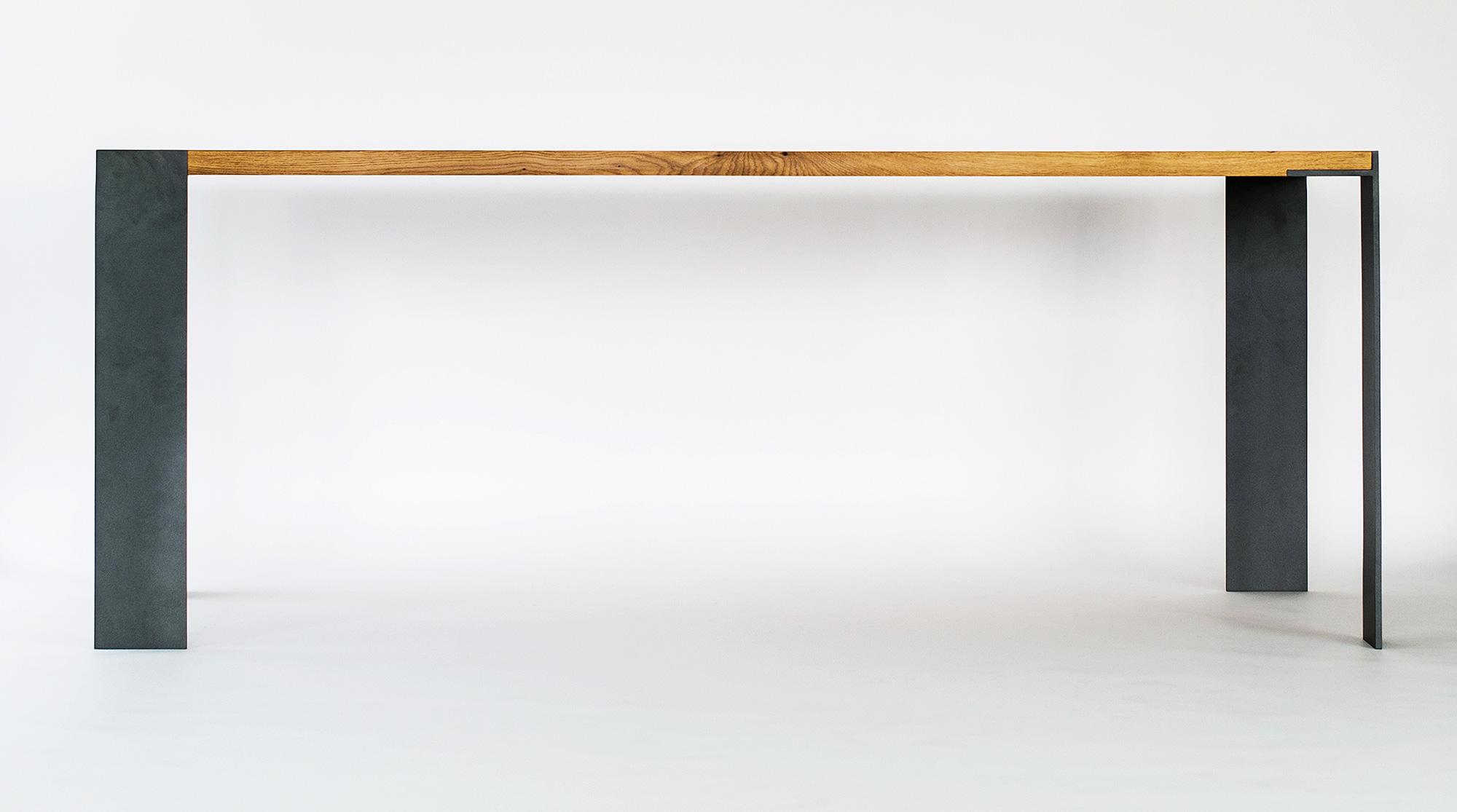 Der KT5 Ist Ein Tisch Der Für Klare, Einfache Formen Und Funktionales Design  Steht Und Ist Als Esstisch Und Als Bürotisch Geeignet.