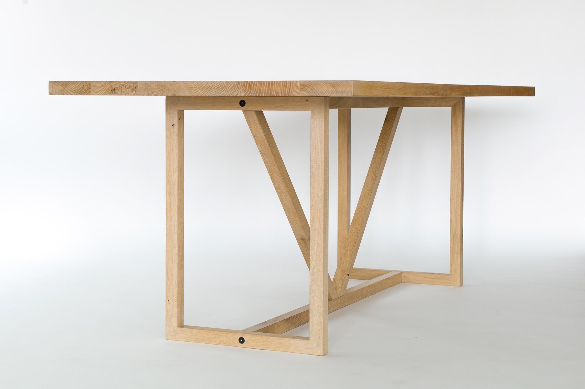 Massivholztisch kt8 mit fachwerk untergestell palatti for Tisch design award